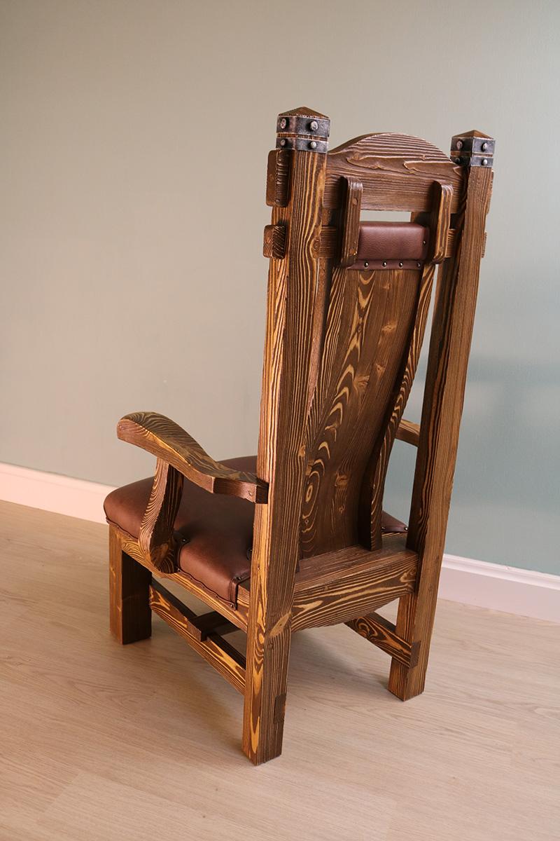 Кресло «Кардинал»