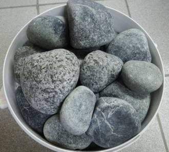Камень для бани и сауны серпентинит шлифованный средний (ведро 10 кг)