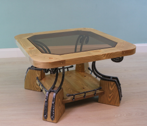 Стол журнальный со стеклом (квадратный)
